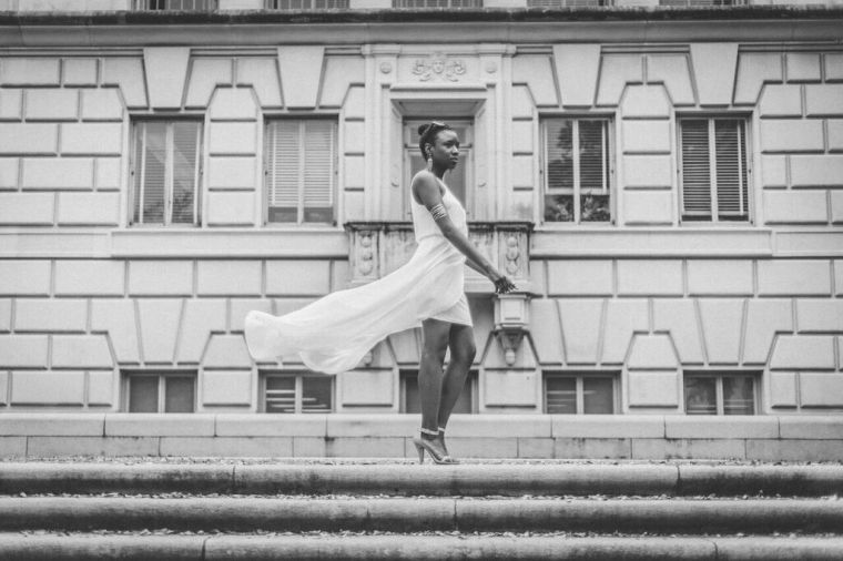 white dress stairs winds black and white